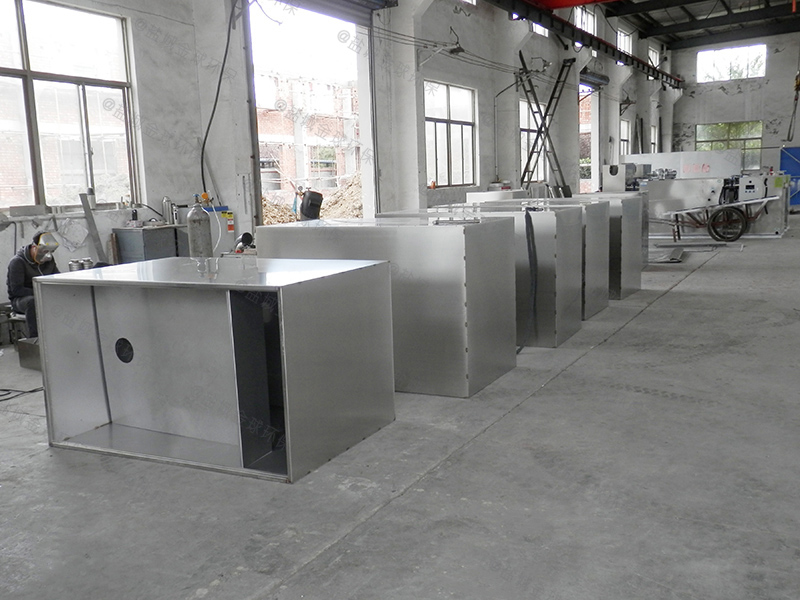 襄阳饭店厨房厨房下水隔油提升装置一般多大